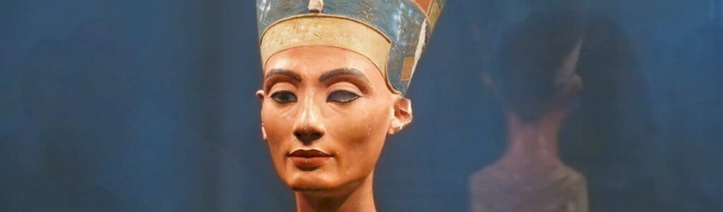 Nefertiti – Beautiful and Powerful Queen of Ancient Egypt