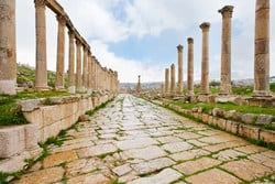 Jarash is one of the most famous attractions in Jordan