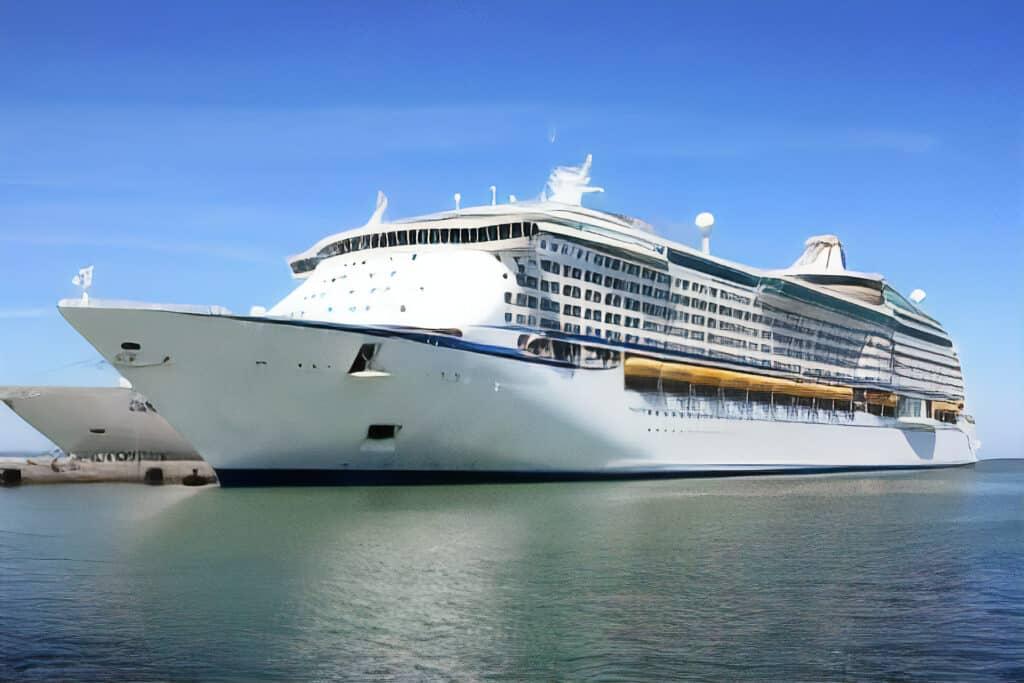 Cruise Ship, Egypt