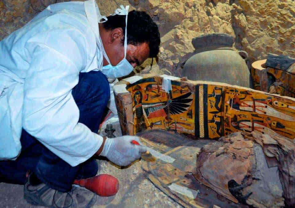 New tomb found in Luxor: Mummies and coffins were found