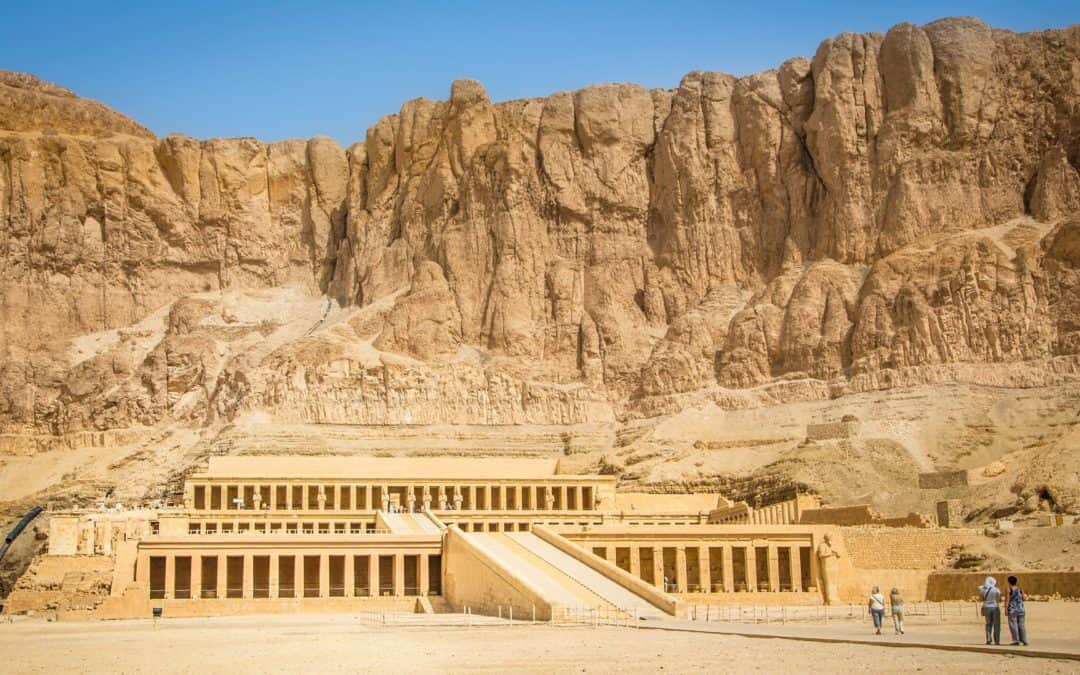 A Guide to Luxor, Egypt: Where to Stay, Eat and Shop