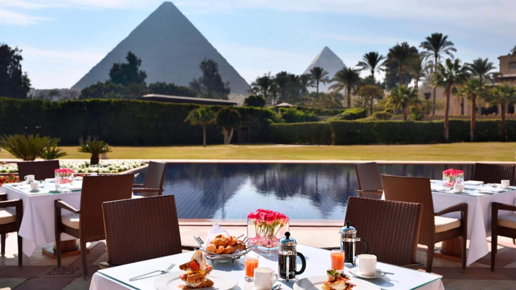 Dining at the Marriott Mena House